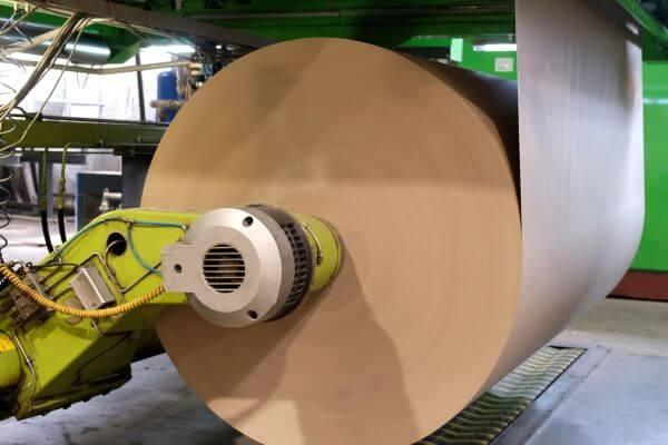 تولید و پالایش خمیر، اولین بخش از فرایند کاغذ سازی